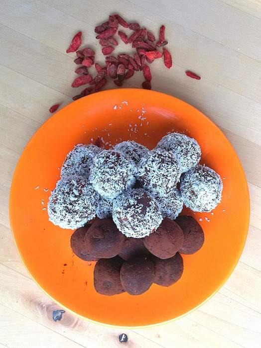 Diétás, növényi proteines kókuszgolyó és trüffelgolyó recept