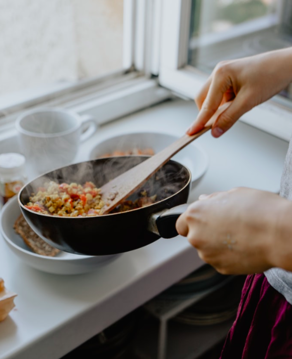 A téli nehéz ételek után ideje kicsit könnyebbre vennünk a figurát: íme 5 szuper tavaszi Clean Eating recept, amivel formába lendülhetünk.