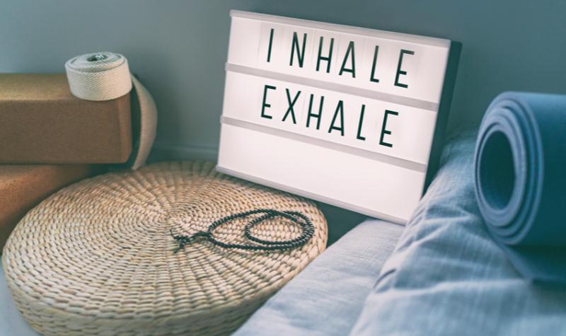 Most különösen fontos, hogy megőrizd testi-lelki egészségedet – azonban a stressz és a szorongás miatt ez sokkal nehezebb. Íme 4 tipp! dobozos légzés