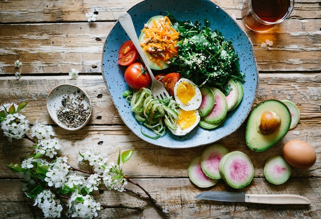Egészségesen eszel, sportolsz, kipróbáltad az összes diétát – mégsem sikerül leadni a felesleges kilókat? Valószínűleg ez az oka.