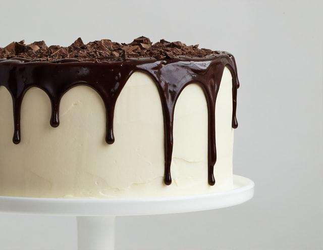 Diétázni szívás – főleg, ha nem eheted a kedvenc ételeidet. Íme pár súlycsökkentő tipp – és kapsz tőlünk egy csomó egészséges receptet is! csokitorta clean torta